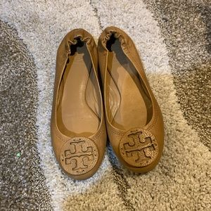 Tory Burch REVA flats Size 8.5 Royal Tan
